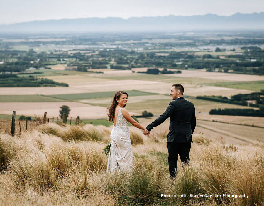 Wedding photo with view of Canterbury Plains